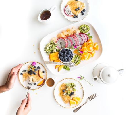外食をする時に気をつけるべき血糖値を上げないためのエネルギー量